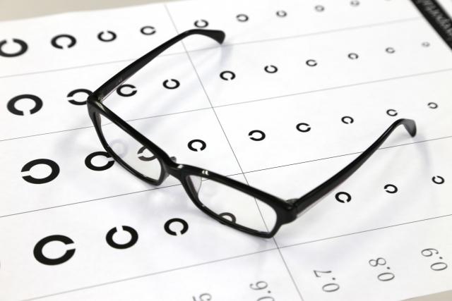 進んだ白内障にメガネは無駄! 認定眼鏡士って知ってる?