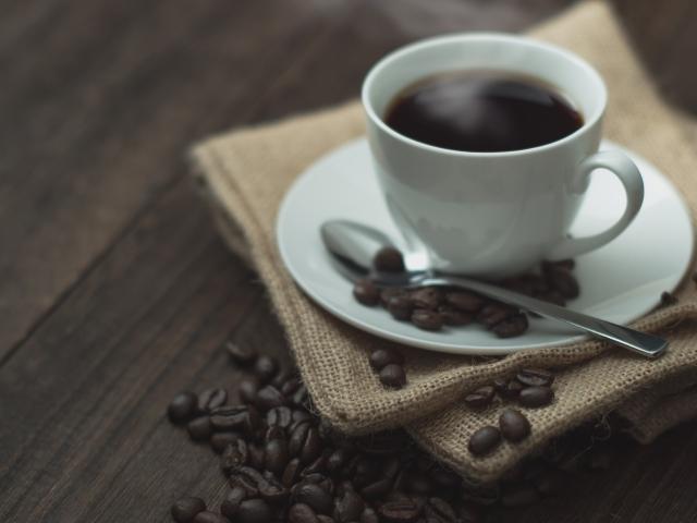 カリタの電動ミルEG-45の使い方。初心者のコーヒー生活