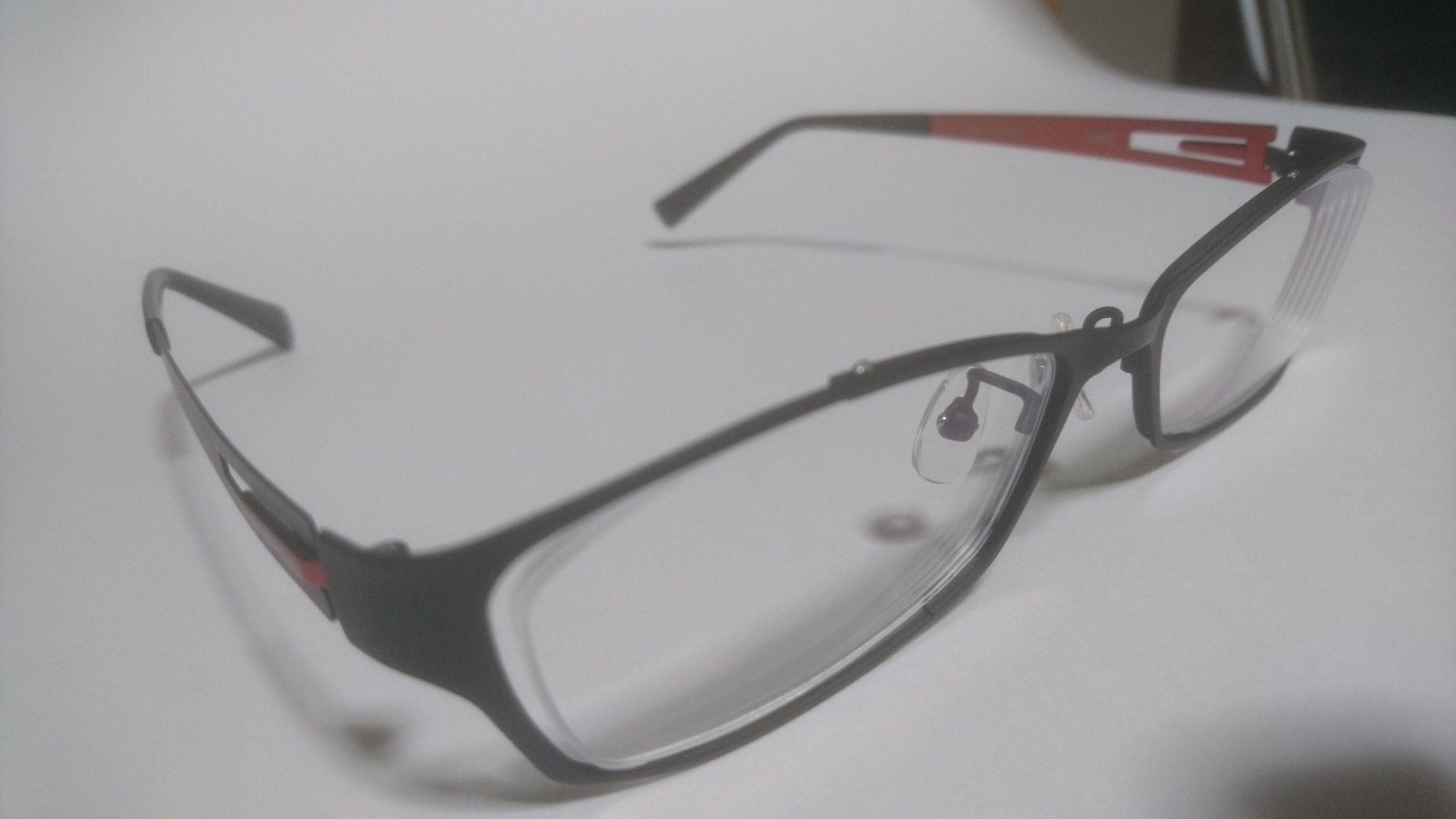 JINSでメガネを購入 メタルフレームのレビューだよ